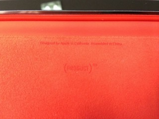 実はこの赤、(PRODUCT)RED商品でした